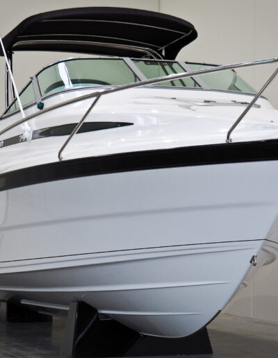 Front view of boat after application of Dura-Seal ceramic paint protection for GelCoats